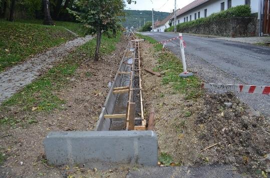 Cserfa utca csap.víz elvezetés kép1